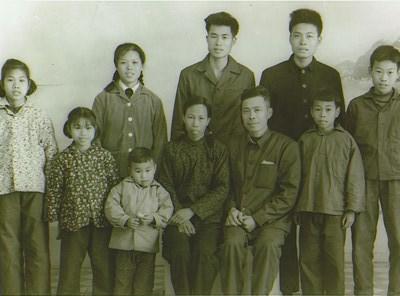 Mr. Loong Tong Law photos