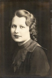 Viola Ideletta Hazen photos